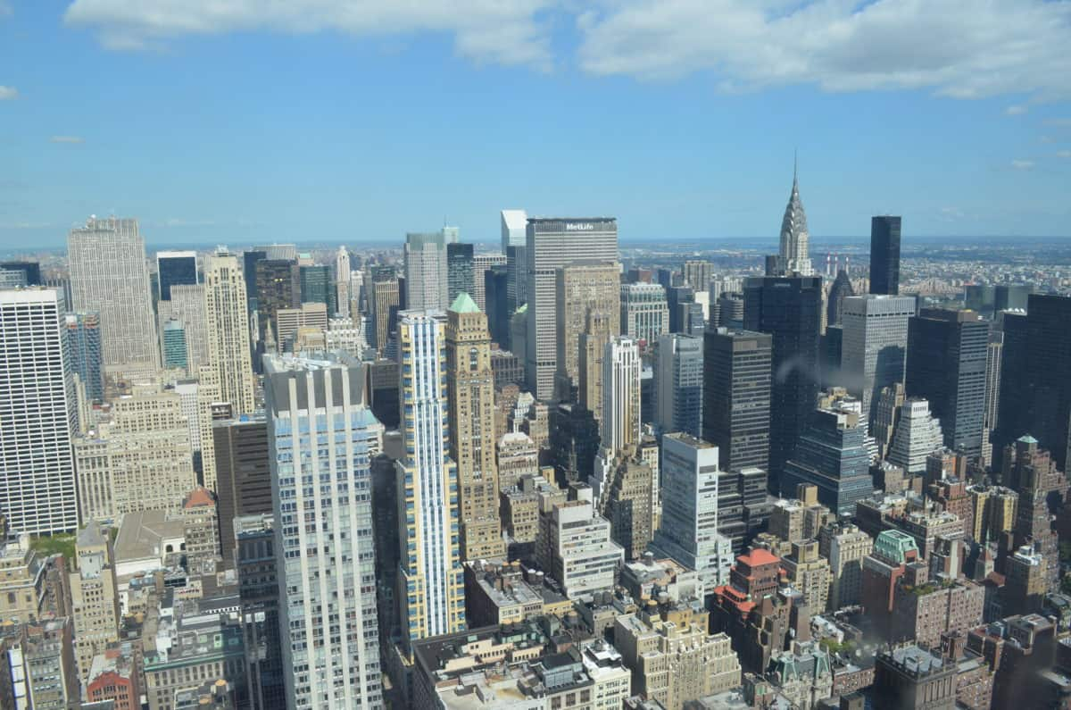View from the window in the Empire state building - Top of the Rock, Manhattan vs Brooklyn. Top spots to visit